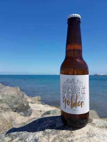 golden-ale-label-seaside